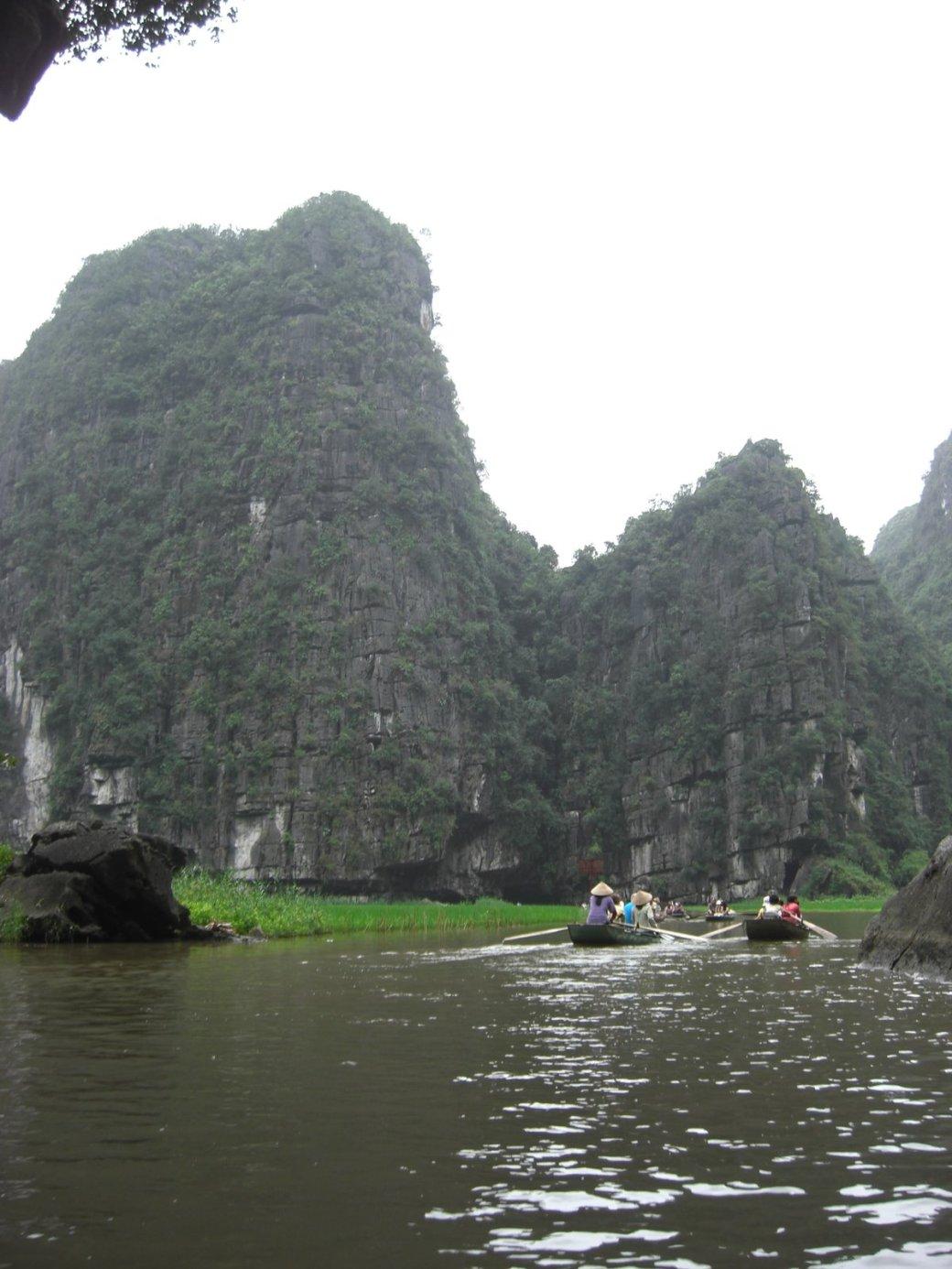 I see why its the Ha Long Bay of Ninh Binh
