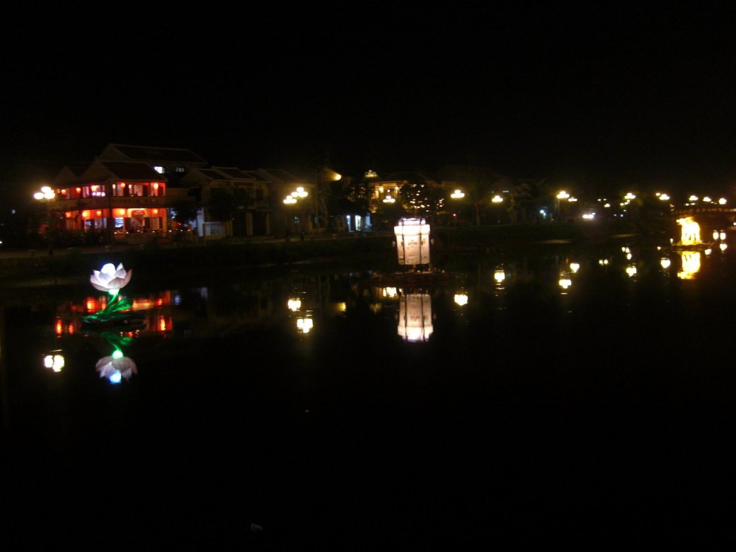 My best photo of the river lights. Unfortunately I didn't have my camera the night they did the lantern festival