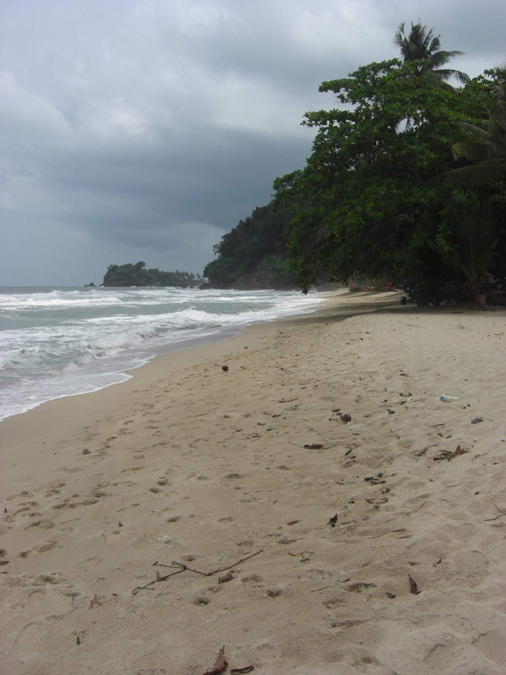 The morning was a bit cloudy. This is Lonely Beach.