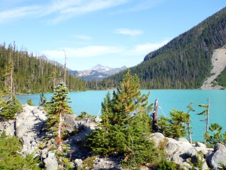 Look at the blue in that lake (this is taken in the in the afternoon)